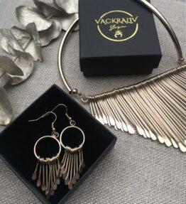 SALE! VACKRALIV YOGA Dressy Earrings drops, gold