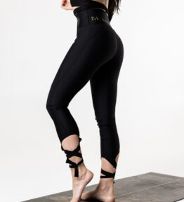 Back in Stock! VACKRALIV YOGA DRESSY DRY-FIT Leggings KNEELOVE Laces, black