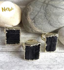 New! VACKRALIV YOGA Balancing Ring Black TOURMALINE stone, 24 k real gold plated