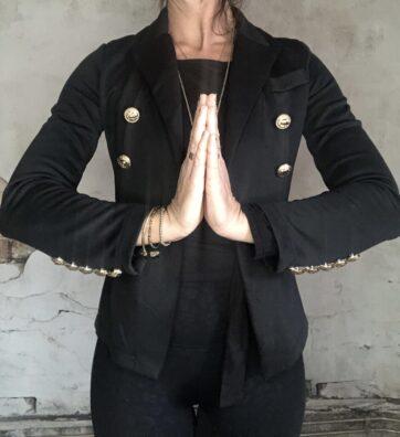 New! VACKRALIV YOGA Dressy Yoga Blazer Lion, svart